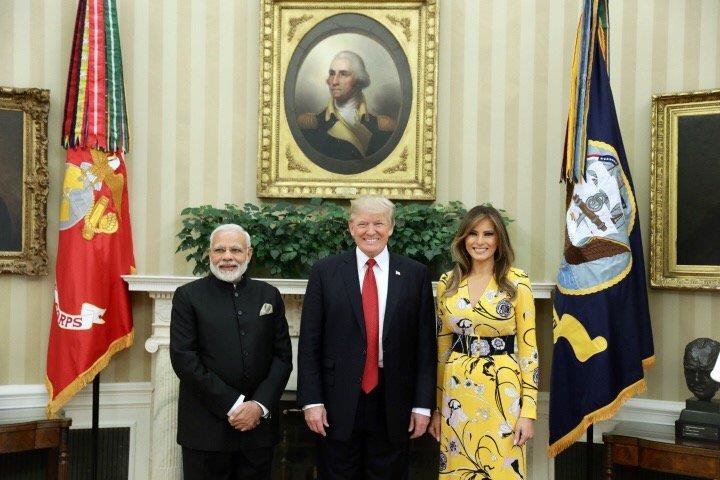 ट्रंप और मोदी के बीच यह पहली मुलाकात थी। पीएम मोदी ने ट्रंप को परिवार सहित भारत आने का न्यौता दिया है