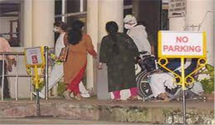अमिताभ बच्चन फिर अस्पताल पहुंचे , प्रशंसकों की दिल की धड़कन फिर तेज