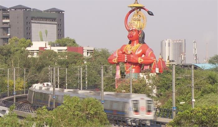 दिल्ली के झंडेवालान में मौजूद 108 फुट ऊंची हनुमान की मूर्ति एयरलिफ्ट कर दूसरी जगह होगी स्थापित!