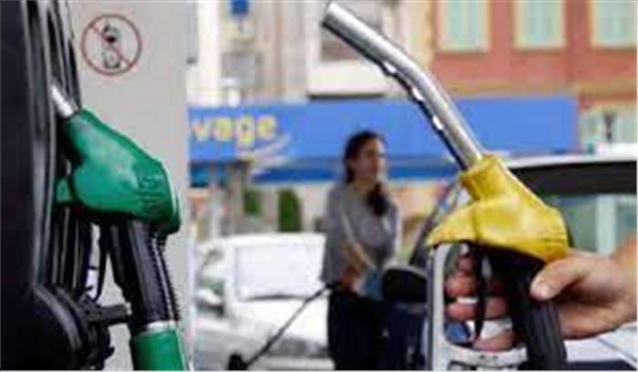दिल्ली - मुंबई सरकारों के ऐलान के बाद तेल की कीमतों में आ सकती है बड़ी गिरावट , जानें क्या बयान जारी हुआ