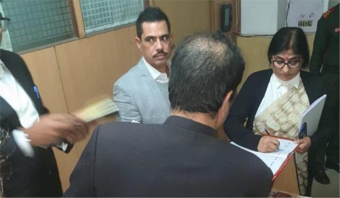 LIVE - रॉबर्ट वाड्रा फिर पूछताछ के लिए ED आफिस पहुंचे को तैयार, प्रवर्तन निदेशालय ने जांच में सहयोग नहीं करने का लगाया आरोप