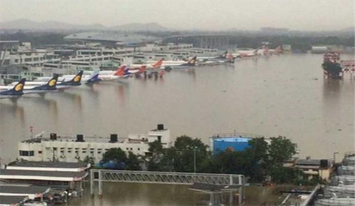 गोरखपुर एयरपोर्ट के रनवे पर पानी भरा, हवाई अड्डा बंद-सभी फ्लाइट रद्द