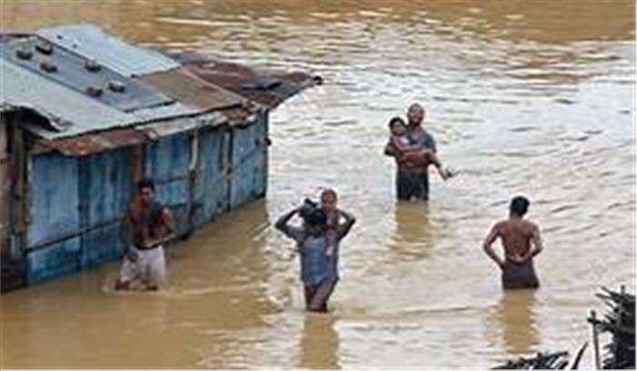 'जलप्रलय' की और बढ़ रहा उत्तर भारत, राजस्थान से लेकर मैदान-पहाड़ों तक बारिश से हाहाकार