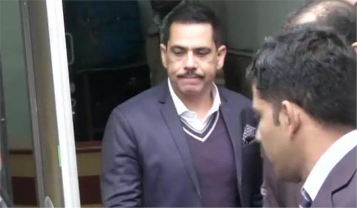 LIVE - करीब 2 घंटे की पूछताछ के बाद रॉबर्ट वाड्रा ED के दफ्तर से निकले , लंच के बाद फिर होगी पूछताछ