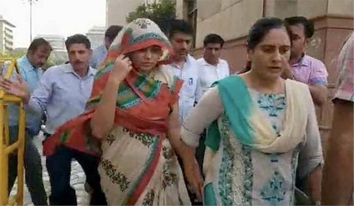 अपूर्वा ने पुलिस को जमकर किया गुमराह , 14 घंटों तक छिपाए रखी रोहित शेखर की मौत की सच्चाई
