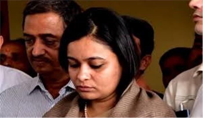 पति रोहित शेखर को महिला मित्र के साथ शराब पीते देख गुस्से में थी अपूर्वा , फिर गला दबा कर दिया पति को