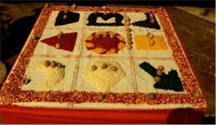 क्या आप जानते हैं पूजा के दौरान ब्राह्मण पटरे पर क्यों बनाते हैं नवग्रह...क्या है इसका महत्व