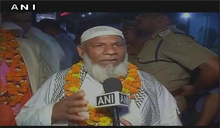 जय श्रीराम के नारों के साथ मुस्लिम कारसेवकों ने कहा-कसम राम की खातें हैं मंदिर वहीं बनाएंगे