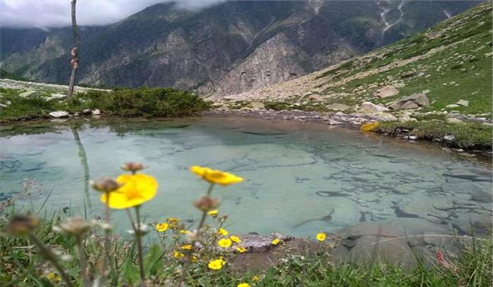 उत्तरकाशी में स्थित यह तालाब है रहस्य का केंद्र, ताली बजाने से उठते हैं बुलबुले