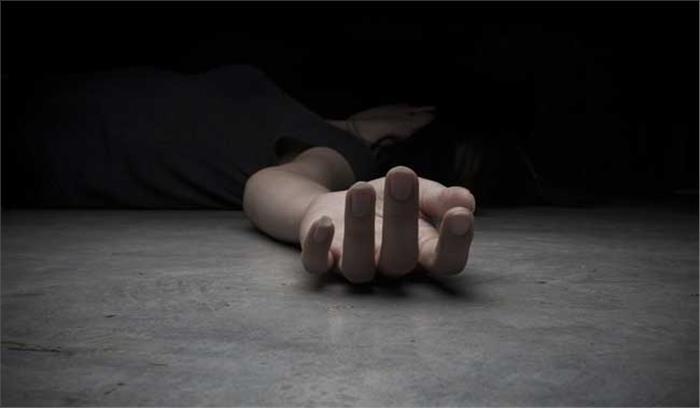 अभी-अभी : MP के रायसेन में दिल्ली के बुराड़ी जैसा कांड , एक परिवार के चार लोगों की घर में रहस्यमयी मौत