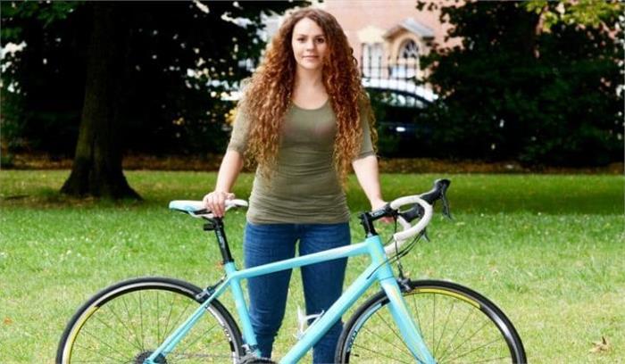 फेसबुक की मदद से महिला ने चोर के घर से वापस ली अपनी साइकिल