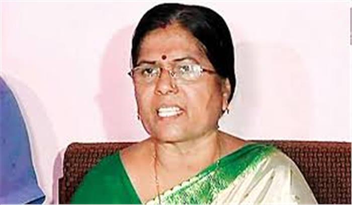 बिहार की पूर्व मंत्री मंजू वर्मा ने कोर्ट में किया सरेंडर , आर्म्स एक्ट  में चल रही थी फरार