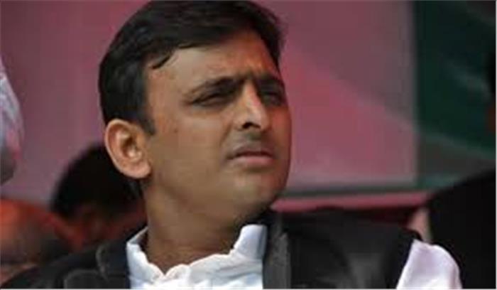 भाजपा का अखिलेश पर तीखा हमला, कहा-अपने पिता और चाचा की पीछ में घोंपा छूरा