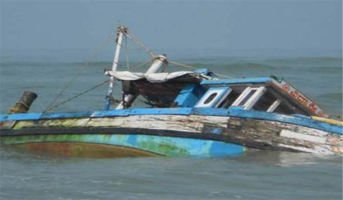 Live: महाराष्ट्र के दहानु में हुआ बड़ा हादसा, समुद्र में नाव पलटने से 40 बच्चे हुए लापता, 4 की मौत, 20 को बचाया गया