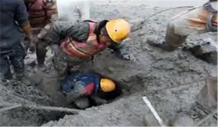 उत्तराखंड में आपदा LIVE - अब तक 20लोगों के शव मिले , 153 लापता , तस्वीरों में देखें