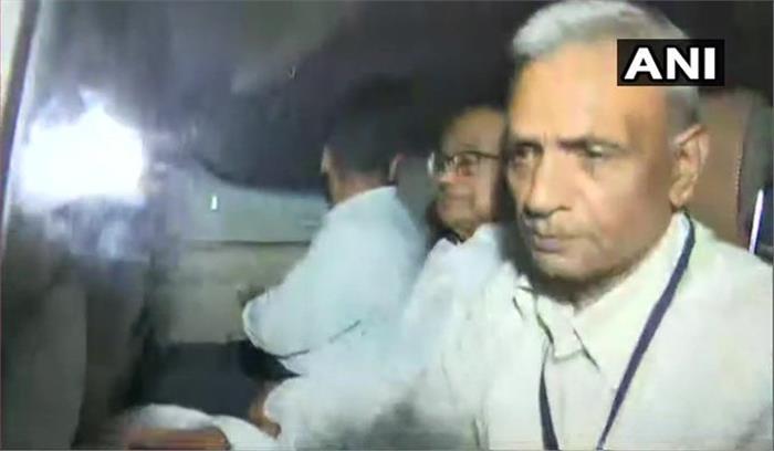 पूर्व केंद्रीय वित्तमंत्री पी चिदंबरम गिरफ्तार  सीबीआई मुख्यालय में ले जाकर पूछताछ शुरू  कल cbi कोर्ट में किया जाएगा पेश
