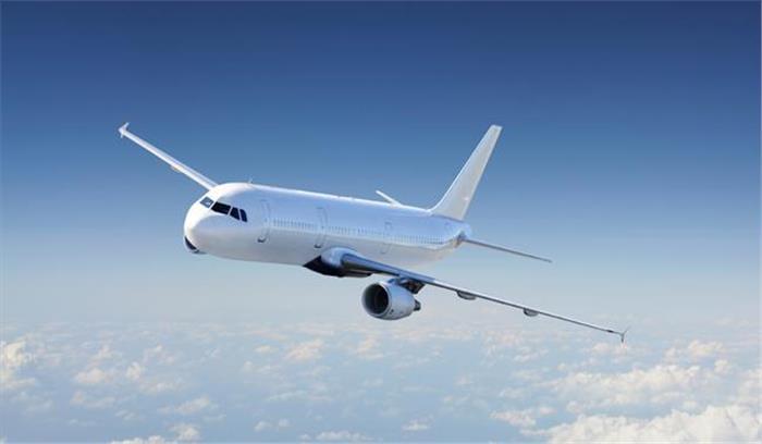 विमान बना डिलीवरी रूम, महिला ने 39000 फीट की ऊंचाई पर दिया बच्चे को जन्म