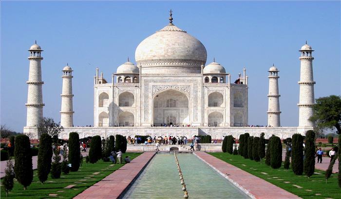 ताजमहल मकबरा है या मंदिर, केंद्रीय सूचना आयोग ने संस्कृति मंत्रालय से मांगा जवाब