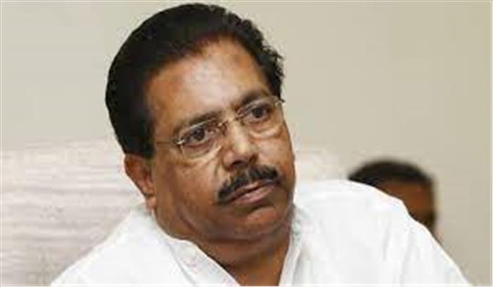 कांग्रेस के वरिष्ठ नेता पीसी चाको ने दिया इस्तीफा , बोले - पार्टी ने टिकट वितरण के नियमों का पालन नहीं किया