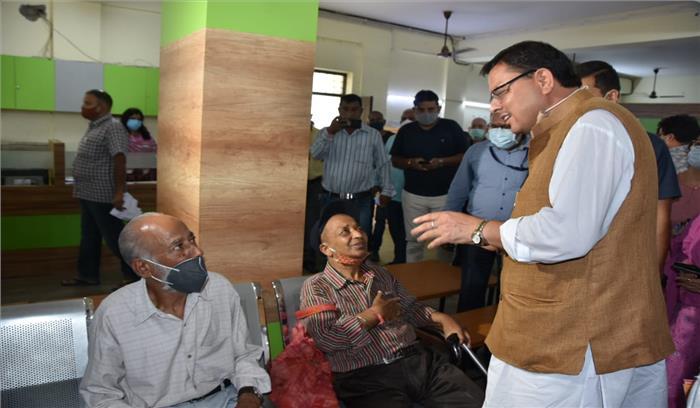 CM धामी ने देहरादून नगर निगम का किया औचक निरीक्षण , कर्मचारियों में मचा हड़कंप