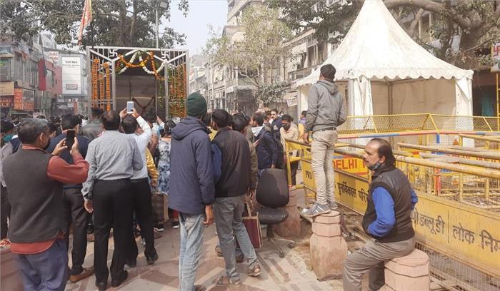 दिल्ली चांदनी चौक में रातों रात सामने आया हनुमान मंदिर , सौंदर्यीकरण के नाम पर हटाया गया था