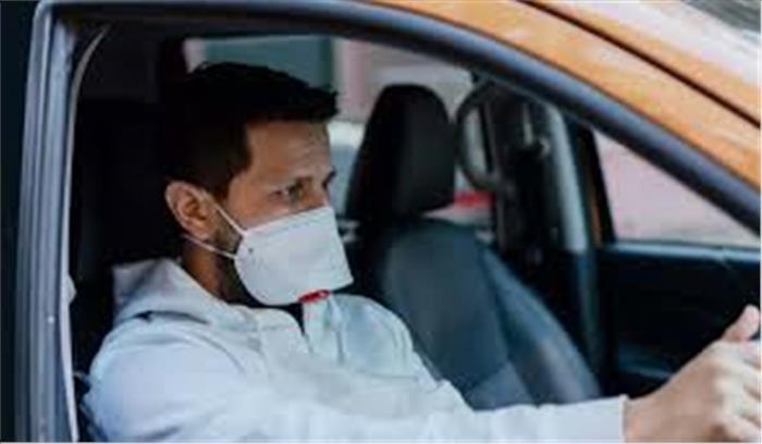 दिल्ली हाईकोर्ट का आदेश - कार में अकेले होने पर भी मास्क लगाना जरूरी , नियमों के उल्लंघन पर कटेगा चालान