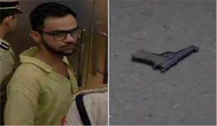 कांस्टीट्यूशन क्लब के करीब उमर खालिद पर अज्ञात हमलावर ने चलाई गोलियां, मौके से हुआ फरार