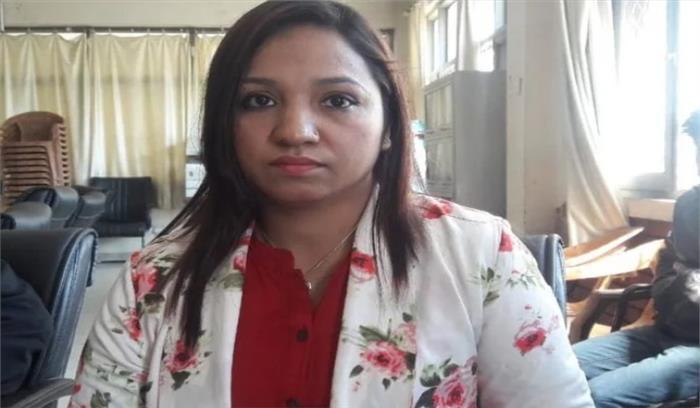 नशे में धुत दो पुलिसकर्मियों ने लेफ्टिनेंट कर्नल की पत्नी से की बदसलूकी , आरोपी पुलिसकर्मी निलंबित