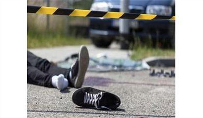 चंपावत में अनियंत्रित डंपर गिरी खाई में, चालक समेत दो लोगों की मौके पर मौत