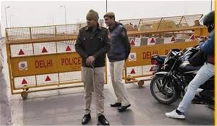 गाजीपुर बॉर्डर पर हंगामे की आशंका के बीच दिल्ली- NH 24 हाईवे बंद , जानें यातायात का हाल