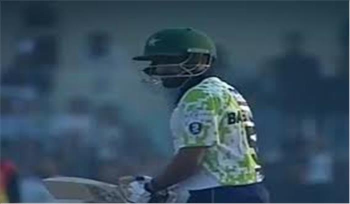 पाकिस्तान के इस खिलाड़ी ने लगाया सबसे तेज शतक, महज 26 गेंदों में जड़े 11 छक्के और 7 चौके