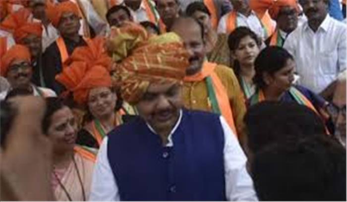 Maharashtra LIVE - भाजपा का ऐलान , कल फ्लोर टेस्ट का सामना करेंगे , अजित पवार परिवार - पार्टी नेताओं से मिल रहे
