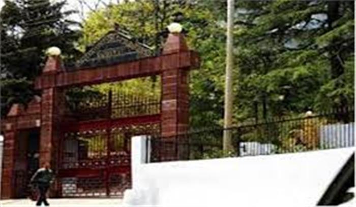 गंगा में हो रहे प्रदूषण पर हाईकोर्ट सख्त, केन्द्र और राज्य सरकार को जारी किया नोटिस