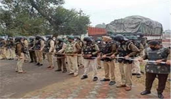 गाजियाबाद पुलिस ने नहीं मिला किसानों की ट्रैक्टर रैली का रूट प्लान , मेट्रो में किसान आंदोलन का असर