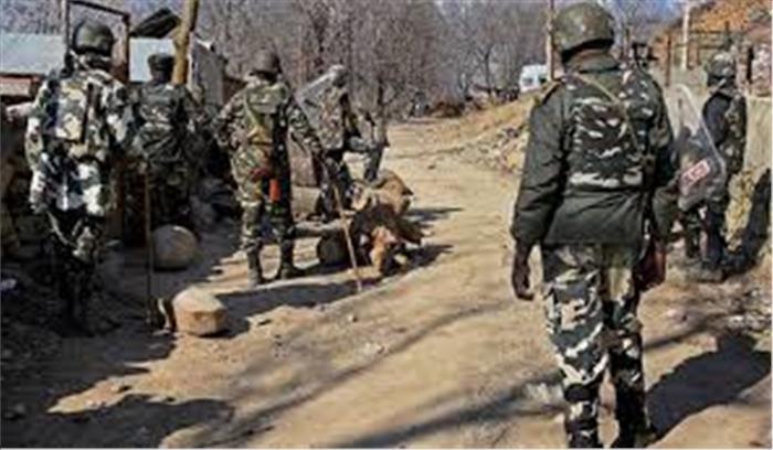 जम्मू-कश्मीर के त्राल में हुआ ग्रेनेड ब्लास्ट, दो लोगों की मौत, कुछ जवान घायल