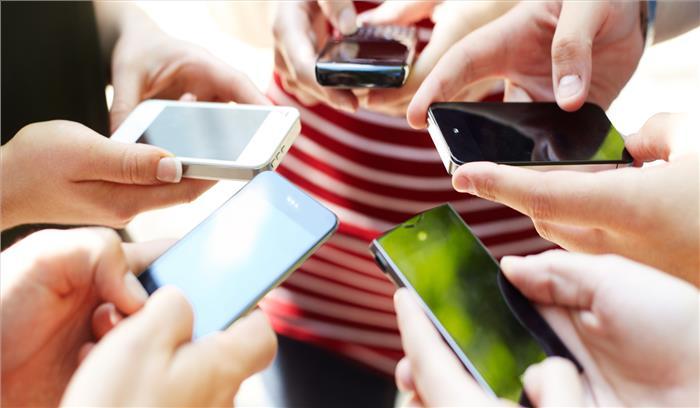 GST का स्मार्टफोन पर असर, विदेशी कंपनियों के मोबाइल खरीदेंगे होंगे महंगे