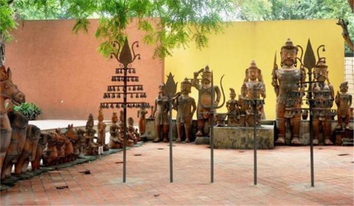 राष्ट्रीय हस्तशिल्प और हस्तकरघा संग्रहालय से 16 ऐतिहासिक कश्मीरी शाॅलों की चोरी, पुलिस मामले की जांच में जुटी