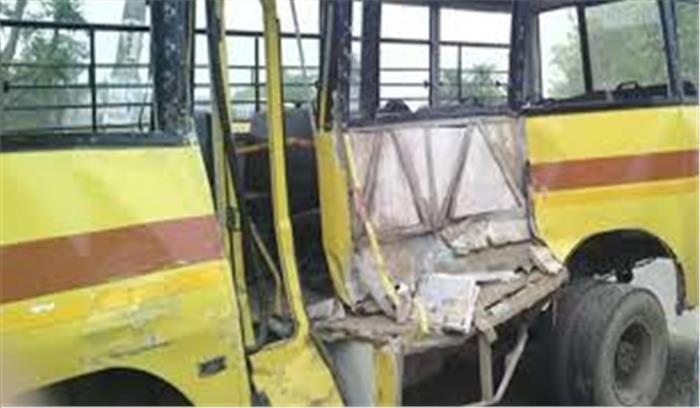 सिरमौर में हुआ बड़ा सड़क हादसा, स्कूली बस के खाई में गिरने से चालक समेत 5 बच्चों की मौत