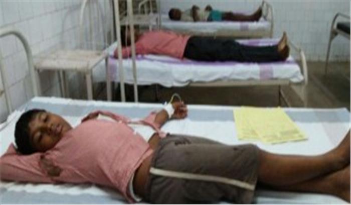 मिर्जापुर में विषाक्त भोजन करने से 90 छात्र हुए बीमार, डीएम ने दिए जांच के आदेश