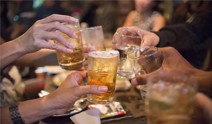 बाराबंकी में जहरीली शराब पीने से 9 लोगों  की मौत, जांच में जुटा प्रशासन