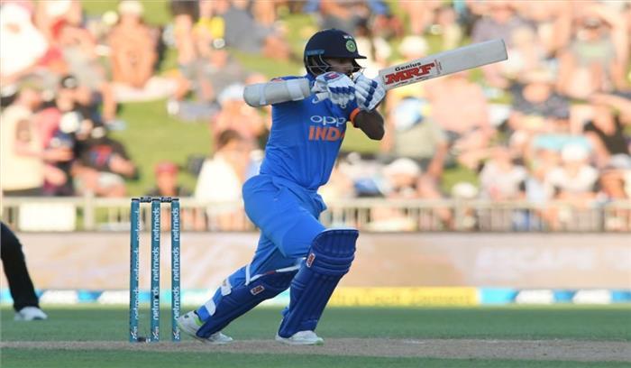 LIVE भारत-न्यूजीलैंड वनडे , कोहली के