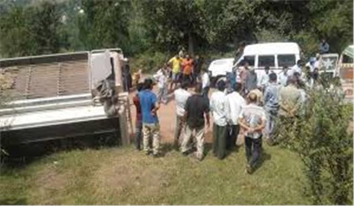 किश्तवाड़ में मेटाडोर बस गिरी चिनाब नदी में, 12 लोगों की मौत 15 घायल