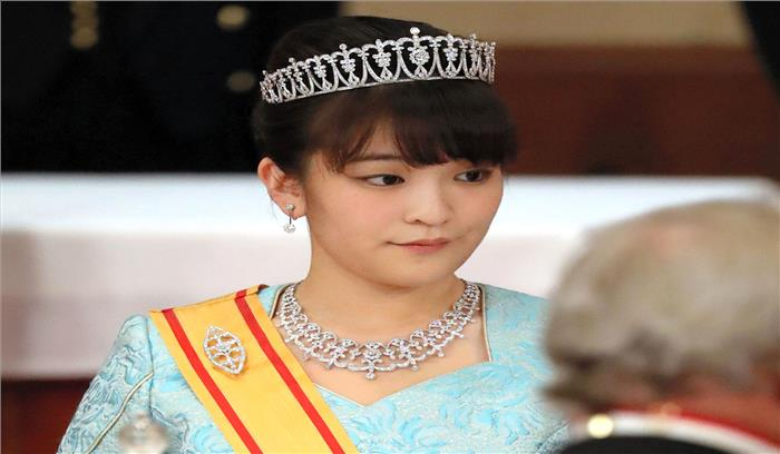 जापान की राजकुमारी माको को हुआ आम लड़के से प्यार, शादी के लिए छोड़ेंगी शाही दर्जा