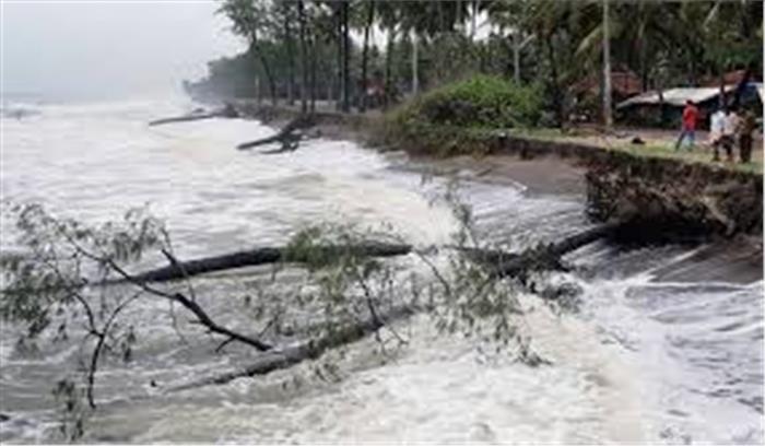 केरल में भारी बारिश से 26 लोगों की मौत, केंद्र ने दिया हर संभव मदद का भरोसा