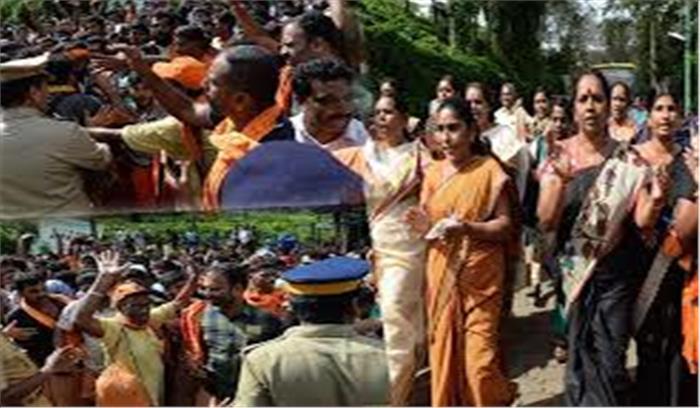 सबरीमाला मंदिर - कपाल खुलने के साथ विवाद शुरू  कोर्ट के आदेश के बावजूद पुलिस ने 10 महिलाओं को वापस भेजा