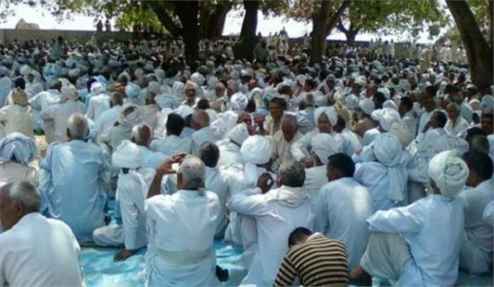 खाप पंचायत पर सुप्रीम कोर्ट ने केन्द्र सरकार को लगाई फटकार, कहा-बैन करे नहीं तो कोर्ट उठाएगा कड़े कदम