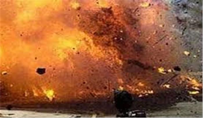 दमदम में नगर निगम कार्यालय के करीब हुआ भीषण धमाका, 10 लोग घायल 3 की हालत गंभीर