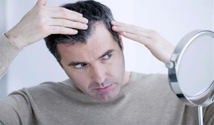 असमय सफेद हो रहे बालों से हैं परेशान तो खाने में करें इनका इस्तेमाल और पाएं निजात