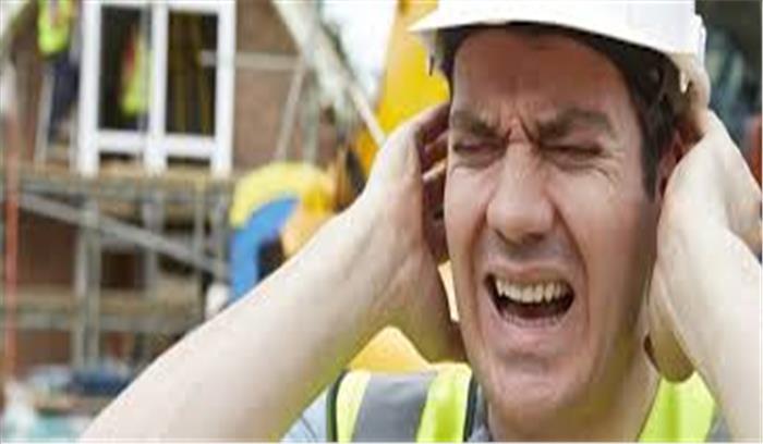 हमेशा तेज आवाज के संपर्क में रहने वाले हो जाएं सावधान, हो सकते हैं इन बीमारियों के शिकार