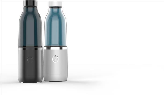 कम पानी पीने वालों का ध्यान रखेगी स्मार्ट बोतल, साधारण पानी को भी बनाएगा स्वादिष्ट